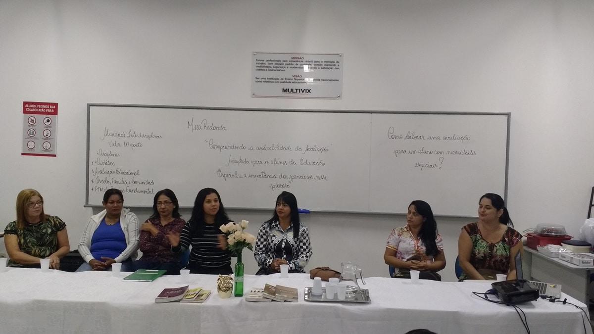 Mesa redonda sobre Educação Especial e a importância dos parceiros