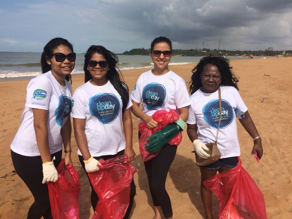 Alunos participam do Evento Clean Up Day