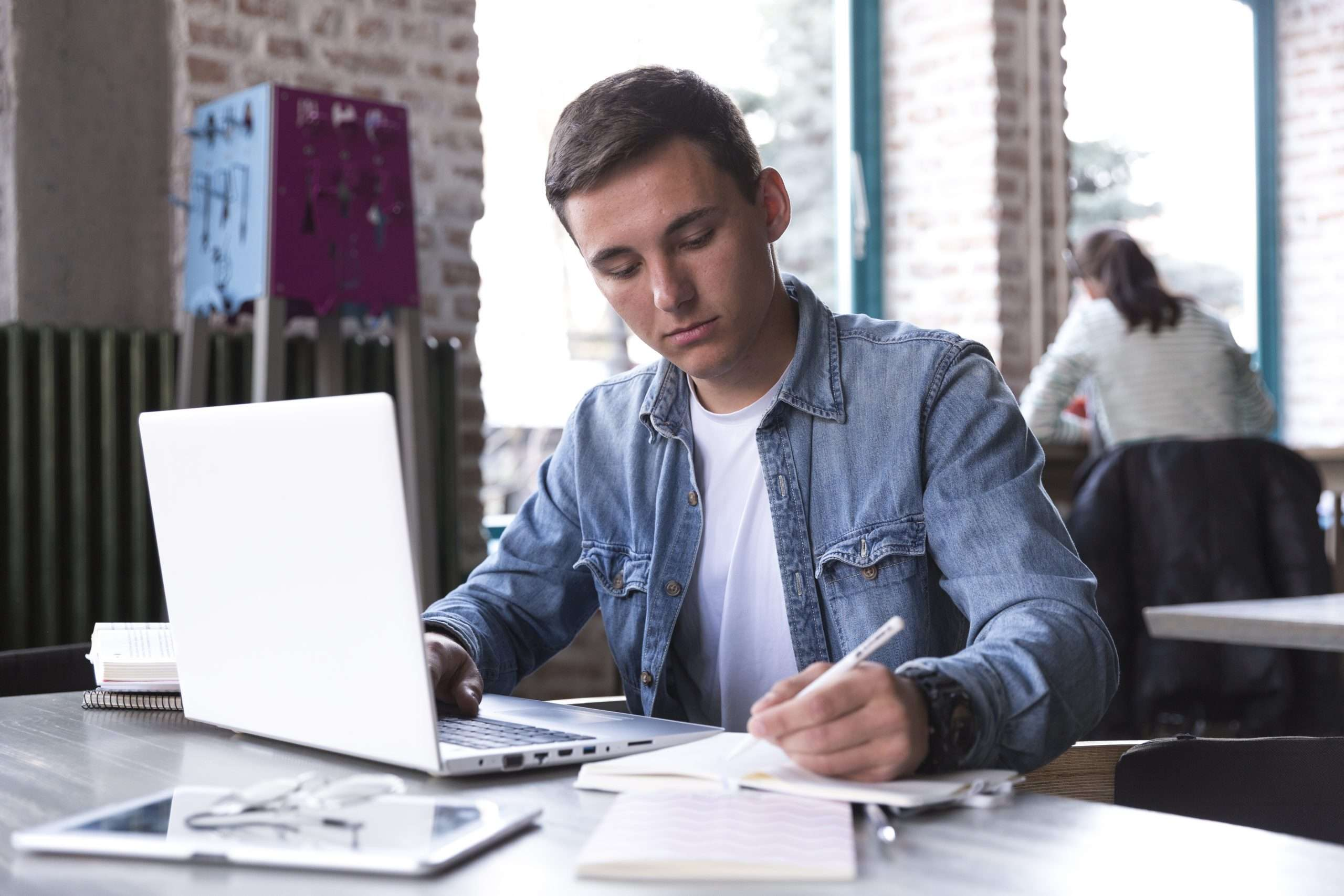 Um teste de carreiras pode ser uma alternativas perfeitas para escolher a profissão ideal