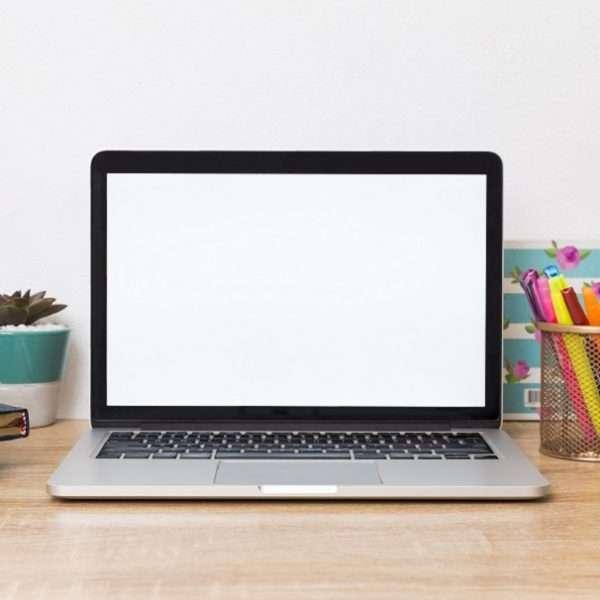 O home office ainda pode ser um cenário de trabalho difícil para algumas pessoas, confira dicas para manter a produtividade.