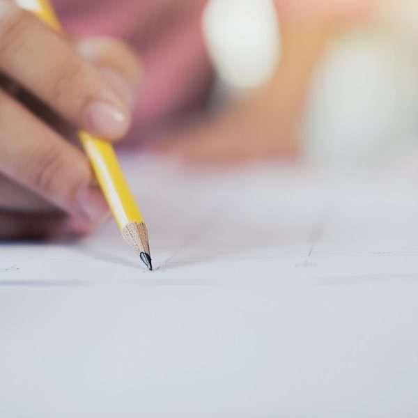 para garantir uma boa pontuação, confira agora o guia definitivo para a redação do ENEM.